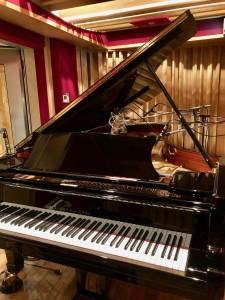 StudioForm ピアノ